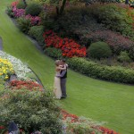 Butchart Gardens elopement photo wedding
